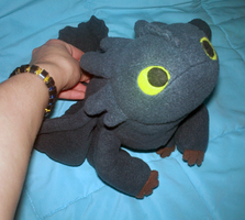 Night Fury Plush: 3 by TakShadoWing
