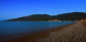 Vrasna Beach  Night by geckogr
