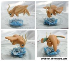 Dragonite Sculpture by Swadloon
