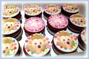 Chinese Crested Dog Cupcakes by gertygetsgangster