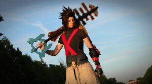 Terra and his keyblade by RoteMamba