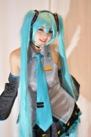 Hatsune Miku cosplay 2 by mila-tiemy