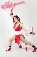 Cosplay: Mai's fighting stance by Kitara88