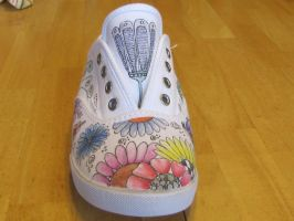 Zentangle tennis shoes by DragonflysDaughter