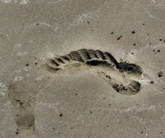 Foot Print in the Sand by Oh-life7