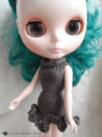 Hand knit wavy dress for Blythe by kivrin82
