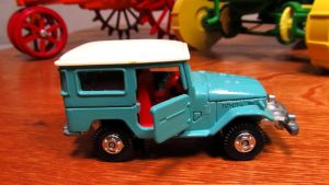 Tomica Toyota  Land Cruiser by craftymore