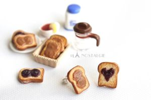 Handmade clay jewelry - peanut butter grape jelly by LaNostalgie05