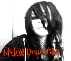 Living Dead Girl by MadRavenPhotography