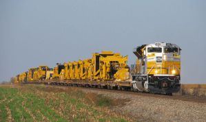 EMDX Caterpillar SD70ACe 1201 leads CAT train 055 by EternalFlame1891