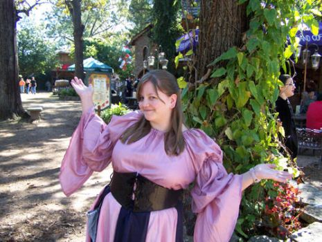 Me as a Tavern Wench by Toraxchan