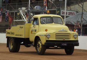 Bedford tow truck by RedtailFox