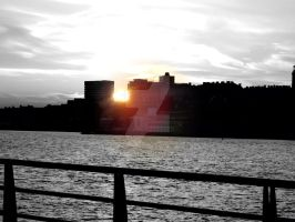 Pier in Plymouth 2.0 by staceymaii