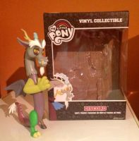 Discord Figure by extraphotos