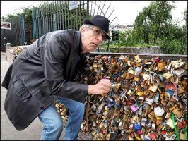 I want my padlock ! by SUDOR
