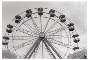 091009FerrisWheel by PaigeC