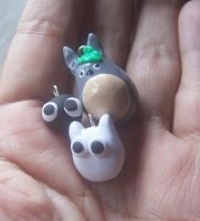 totoro charms with friends :) by jong28