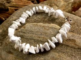 Howlite bracelet by Lost-in-the-day
