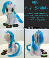 Filly Vinyl Scratch by Kanamai