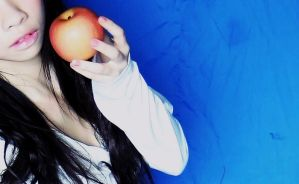 Apple Snap by reiling-lina
