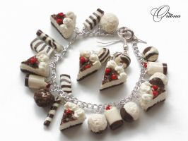 Bracelet 'Strawberry pie' by OrionaJewelry
