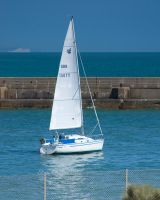 Sail Boat 2 by crispynoodle