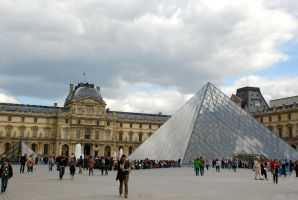 The Louvre - Uninterrupted by JessChateauneuf