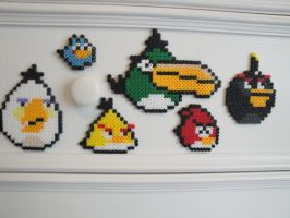 Angry Birds Bead Sprites by Nicolel12