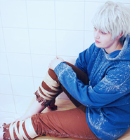 jack frost cosplay by MiriamEugenie
