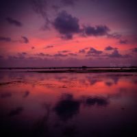 Violet Sunset in Ujung Genteng by thesaintdevil