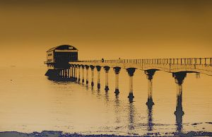 lifeboat pier by awjay
