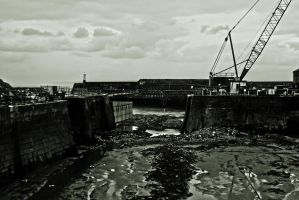 B and W View Of Porthcawl Town Harbour Feb 2013 by welshrocker