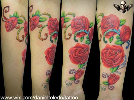 Roses By Daniel Toledo by toledotattoo