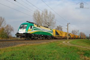 ES64U2 070 - Gysev Cargo - with a freight train by morpheus880223