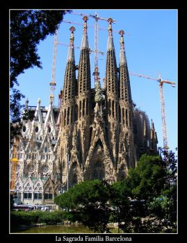 La Sagrada Familia Barcelona 2 by mattsteele17