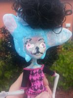 mh ghoulia yelps repaint wolfia new form by Sarahthekiller17