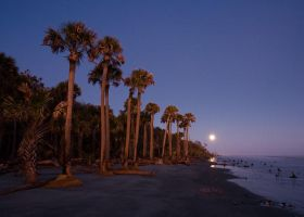 Capers Moonrise by RichardBernabe