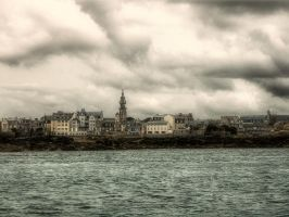 The shadow over innsmouth by kakobrutus