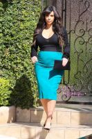 Kim-kardashian-pregnant-lunch-date-beverly-hills-1 by ghostinthenight11