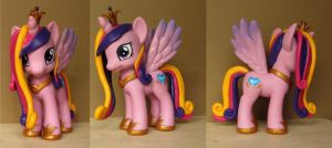 Princess Cadance Custom Pony by atelok