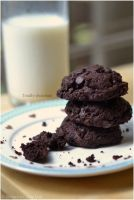 Foodporn: Totally chocolate chocolate chip cookies by Persephine