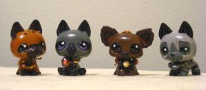 Hyena Horde by coffinberry
