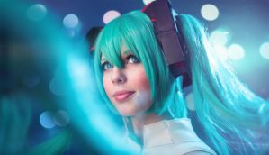 Miku closeup by simplearts