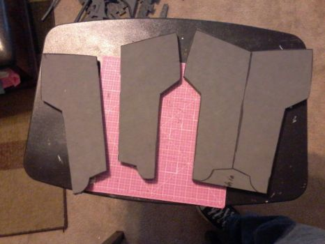 WIP Deathstroke Shin Guard by jronk13