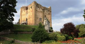 Guildford Castle by Phuppet
