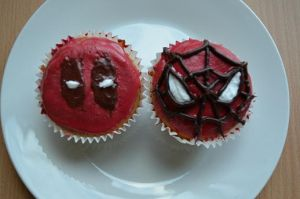 Spideypool Cupcakes by minicooly