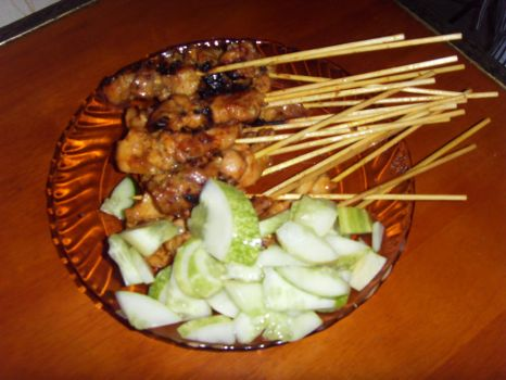 Chicken Satay With Cucumber by Gexon