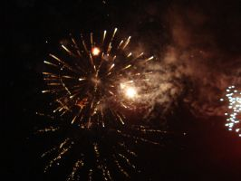 13  august 2011 fireworks by returnofadamspong