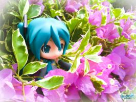 Enjoying The Garden by nendonesia