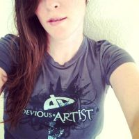 DeviArt Shirt by FrozenDreamer